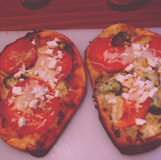 Sundried Tomato Pesto & Basil Pesto